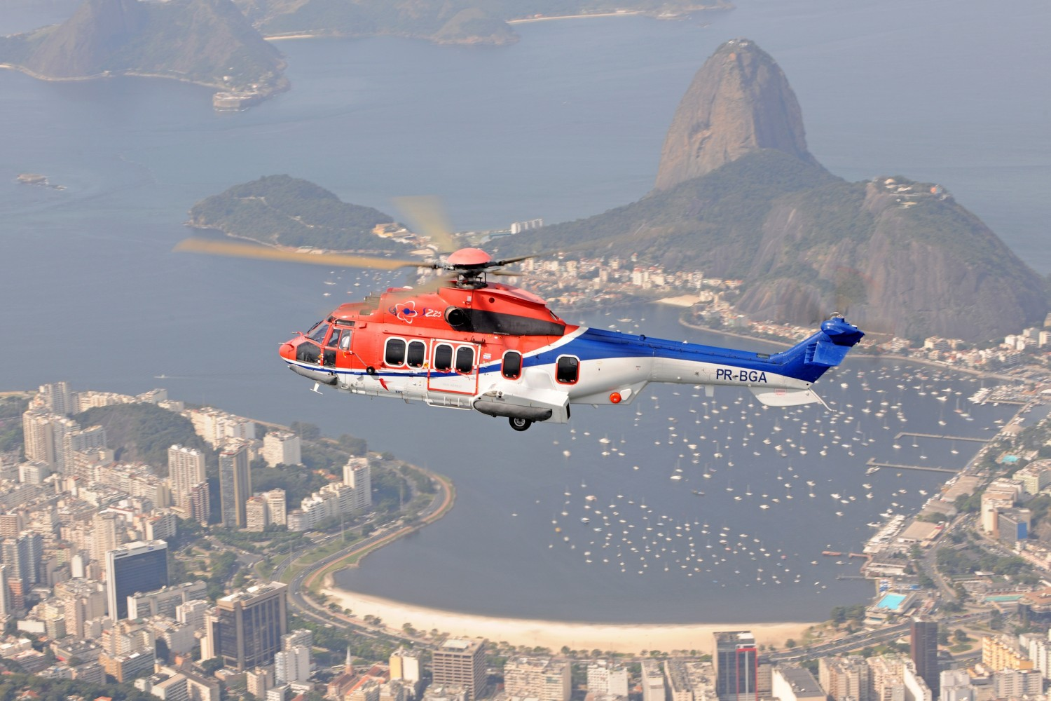 H225 Airbus Helicopters
